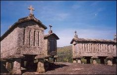 Espigueiros in Soajo Stone Store, Tourist Information, The Good Place, Gazebo, Portugal, Tourism, National Parks, Outdoor Structures, House Styles