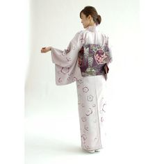 This kimono is actually a two-piece kimono set, rather than a single 'robe' garment. It's pre-sewn to be perfect and you just tie your instant obi, choose your obiage and obijime, and you're all dressed in just a few minutes! Dat wisteria obi is just unff!