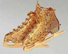 Danbury Mint gold ice skates ornament | Gold and silver Christmas ...