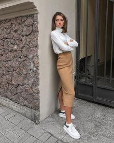 Zara Outfit, Beige Outfit, White Blouse Outfit, Classy Outfits, Trendy Outfits, Fall Outfits, Autumn Outfits Women, Summer Outfits, Outfits For Women