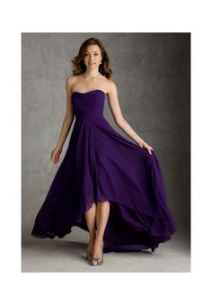 Bridesmaids Dresses 694 Solid Chiffon Bridesmaids Gown Colors: Please refer to the Mori Lee Bridesmaids Chiffon Swatch Card. Sizes Available: 2-28. Available in Eggplant, Claret, Jalapeno, Champagne, Latte, and Chocolate