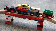 Brio und Lego mit Sugru verbunden