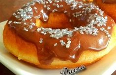 donuts à la pâte magique  الدونات بالعجينة السحرية Beignets, Pain Panini, Nutella, Crazy Dough, Donuts, Bagel, Doughnut, Pancakes, Pudding