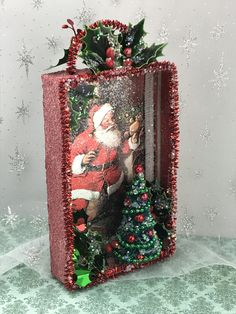Christmas card shadowbox - New Ideas Vintage Christmas Crafts, Christmas Card Crafts, Retro Christmas, Diy Christmas Ornaments, Christmas Art, Christmas Projects, Holiday Crafts, Christmas Holidays, Christmas Decorations