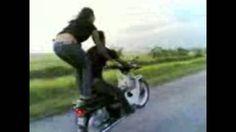 freestyle motor remaja cowo cewe, mati urip wong loro. cinta tak terpisa...