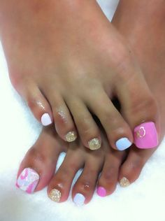 nails pink and gold!!!!!!