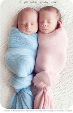Twins photo inspiration. Newborn photo by Jillian Kirby Baby Photographer. http://jilliankirbybaby.com/blog/2010/08/lucy-and-sam-newborn-twin-photography-vancouver-bc-jillian-kirby/