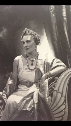 Mollie Duchess of Buccleuch and Queensbury. 1937. In the picture she wears the family emeralds and the famous Buccleuch diamond belt, which incidentally converts into a tiara.