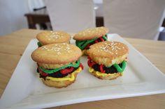 fun birthday hamburger cupcakes - easy