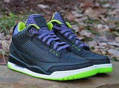 As Nike pledged to end the usage of exotic animal skins on their sneakers a couple of years back, you're not likely to ever see a pair of Jordans don real deal snakeskin. Fortunately, guys like JBF Customs can make that happen. His newest creation, which riffs off an Air Jordan 3 from last year, features not only python skin, but also some samplings of shark and kangaroo as proof that he's dedicated to advancing his craft.
