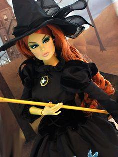 A Royal Halloween: Vanessa