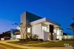 Fachadas de casas de esquina – veja modelos modernos e dicas!