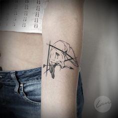 Robin Hood #tattrx #inkstinctsubmission #blackworkerssubmission #equilattera #robinhood #foxtattoo #formink #tattooersubmission #tattooistartmag #tattoopins #tattoodo ##thebesttattooartists #skinartmag #tattooartistmagazine #tattoo2me #lanpravda Tattoo Time, Get A Tattoo, Robin, Fuchs Tattoo, Fox Tattoo, Future Tattoos, Tattos, Tattoo Artists, Style Ideas