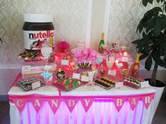 Candy Bar w Cardinal Palace Klimki