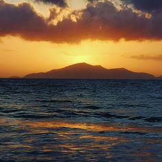 #Buonanotte #GuteNacht  #Dobroinochi #Καληνύχτα #BonneNuit #Dobranoc #доброй ночи 🌅 #sunsetstories #summer2019 #kos #greece #caraviabeach 🌐 | caraviabeach.gr/en/ 📱| 2242041291 Kos, Greece, Celestial, Sunset, Beach, Outdoor, Have A Good Night, Sunsets, Outdoors