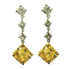 6.29 carats Fancy Yellow SI1 Radiant and Cushion Diamond Drop Earrings #jbirnbach