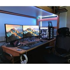 """511 Likes, 3 Comments - Mal - PC Builds and Setups (@pcgaminghub) on Instagram: """"An awesome battlestation! I love the lighting, it really makes the setup pop. By: u/nnapior.…"""""""