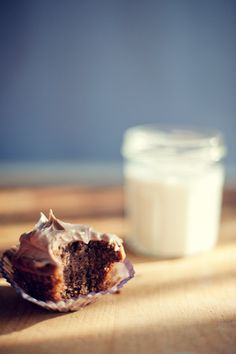 to do: make nutella cupcakes