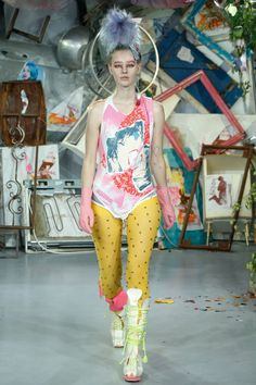 See all the Collection photos from Meadham Kirchhoff Spring/Summer 2015 Ready-To-Wear now on British Vogue London Fashion Weeks, Vogue, Runway Fashion, Fashion Show, Meadham Kirchhoff, Spring Summer 2015, Fashion Brands, Ready To Wear, Style Inspiration