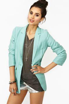 Isla Blazer -- <3 love the color  #bluejacket #blueblazer #whiteshorts
