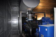 """Proyecto """"llaves en mano"""" de instalación de 4 grupos electrógenos con una potencia de 1100kva en Hospital de Reus.// Turnkey project for the installation of 4 generators with a power of 1100kva in Reus Hospital.//Projet """"clé en main"""" pour l'installation de 4 générateurs d'une puissance de 1100kva à l'hôpital de Reus."""