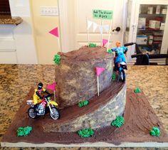 Grooms dirt bike cake 2nd Birthday Boys, Harry Birthday, Boy Birthday Parties, Birthday Ideas, Boys Bday Cakes, Cakes For Boys, Mountain Bike Cake, Dirt Bike Cakes, Dirt Bike Birthday