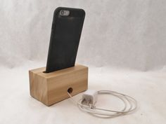 Acoustic iPhone Speaker for iPhone 6 and iPhone 6 by SpeakerBlock