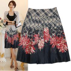 inverno meia-saia uma linha freeship 2013 Outono nova chegada com metade do comprimento da saia plissada do vintage impressão de moda feminina de médio-longo US $28.60