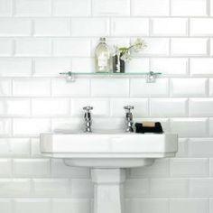 White Chapel Metro 200x100 Tiles Wall Tiles Walls & Floors.co.uk