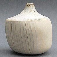 Aki Katayama  #ceramics #pottery
