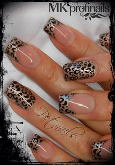Black gold nails. Edgy nails. Animal print. Cheetah leopard print. Cute nails. Easy nails. Simple nails. Love these! Bold nails. Cheetah leopard animal print tips. So cute. Elegant nail design! Perfect for work!