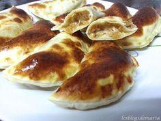 Empanadillas de rulo de cabra y cebolla caramelizada