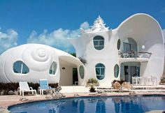 The shell house in Isla Mujeres, Mexico. I am so staying here if I go to Mexico! Shell House, Magical Home, Unusual Buildings, Unique Architecture, House Architecture, Sustainable Architecture, Residential Architecture, Unusual Homes, Next At Home