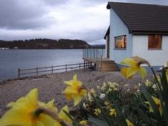 Cottage on the Isle of Lismore, Strathlorn is set in stunning location looking North to Ben Nevis, South across the Lynn of Lorn towards Oban and East across the water to picturesque Port Appin.  Sleeps 6.  http://www.cottages-in-scotland.com/cottage/Strathlorn-Lismore-Isle%20of%20Lismore,%20Inner%20Hebrides