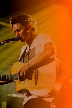 "Ben Howard. Very few people get to my heart the way he does. Especially with ""Follaton Wood"""