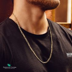 Cartier, Gold Pendants For Men, Earth Drawings, Man Outfit, Gold Chain Design, Gold Chains For Men, 14k Gold Necklace, Men's Jewelry, Kendall Jenner