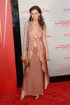 "Anna Friel Photos: Premiere Of Columbia Pictures' ""The Amazing Spider-Man"" - Arrivals"