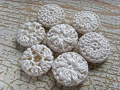 Crochet Button - Tutorial ❥ 4U // hf http://www.pinterest.com/hilariafina/