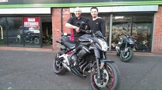 Jonny who flies 737's for a day job decided to come to Manchester's No 1 Motorbike Training School to obtain his bike license to add to his collection of licenses 👍 Glad you chose us Jonny? Here he is collecting his Kawasaki ER6n from Kawasaki Bolton 😀