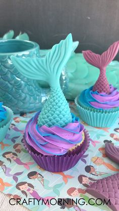 There mermaid cupcakes are all the craze this year for birthdays and parties! They are actually not that hard to make at home either. DIY how to make mermaid cupcakes. Tail mold. Details and directions. Mermaid Cupcakes, Cake Decorating, Birthdays, Party, Desserts, Diy, Tailgate Desserts, Build Your Own, Birthday