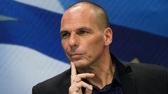 Il ministro greco Varoufakis aveva concesso un'intervista al Corriere della Sera ma si è accorto che il testo è ben diverso da quanto aveva dichiarato.