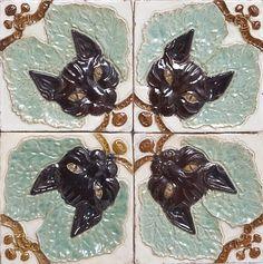 Tile Art Nouveau by Fábrica de Faianças Caldas da Rainha, Portugal, 1900/1920. Aveiro City Museum, CC BY