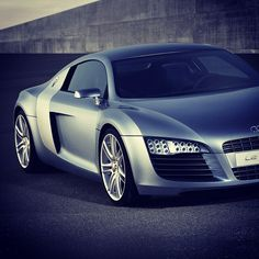 Beauty! Audi LeMans R8