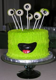 Is this an Alien Cake or a Monster Cake? Kell and Bree can't decide. But they'll sure serve it at the next Alien Party that Aliens, Inc plans. Read The Alien's Inc children's book series, or give it as a gift. http://mimshouse.com/books/kell-the-alien/
