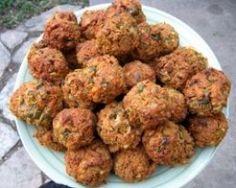 Five Delicious Vegetarian Meatball Recipes (Baking Eggplant Meatballs) Veggie Recipes, Vegetarian Recipes, Healthy Recipes, Kosher Recipes, Cooking Recipes, Vegetarian Meatballs, Clean Eating, Healthy Eating, Meatball Recipes