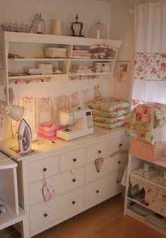 vintage style craft and sewing room.I would love a craft room! Sewing Spaces, My Sewing Room, Sewing Rooms, Sewing Room Organization, Craft Room Storage, Craft Rooms, Organizing, Space Crafts, Home Crafts