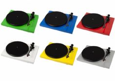 Pro-Ject Debut Carbon - Fidelity Sound and Vision