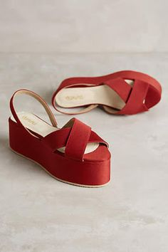 alice does dorothy in these minimalist vintage chic red platform wedges this summer great for folky or edgy textural scandi looks New arrival #anthrofave