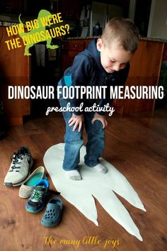 This simple preschool activity is a fun way to help your preschooler practice measuring and see how HUGE some of the dinosaurs were by making your own T-Rex footprint and comparing it to your family members' feet. Preschool Science, Preschool Lessons, Dinosaur Preschool Activities, Dinosaur Crafts Kids, Preschool Family Theme, Make A Dinosaur, Dinosaur Games, Dinosaur Projects, Preschool Projects
