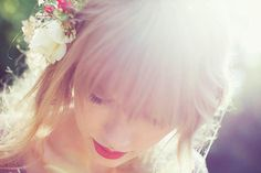 All red photoshoot pics : Taylor Swift